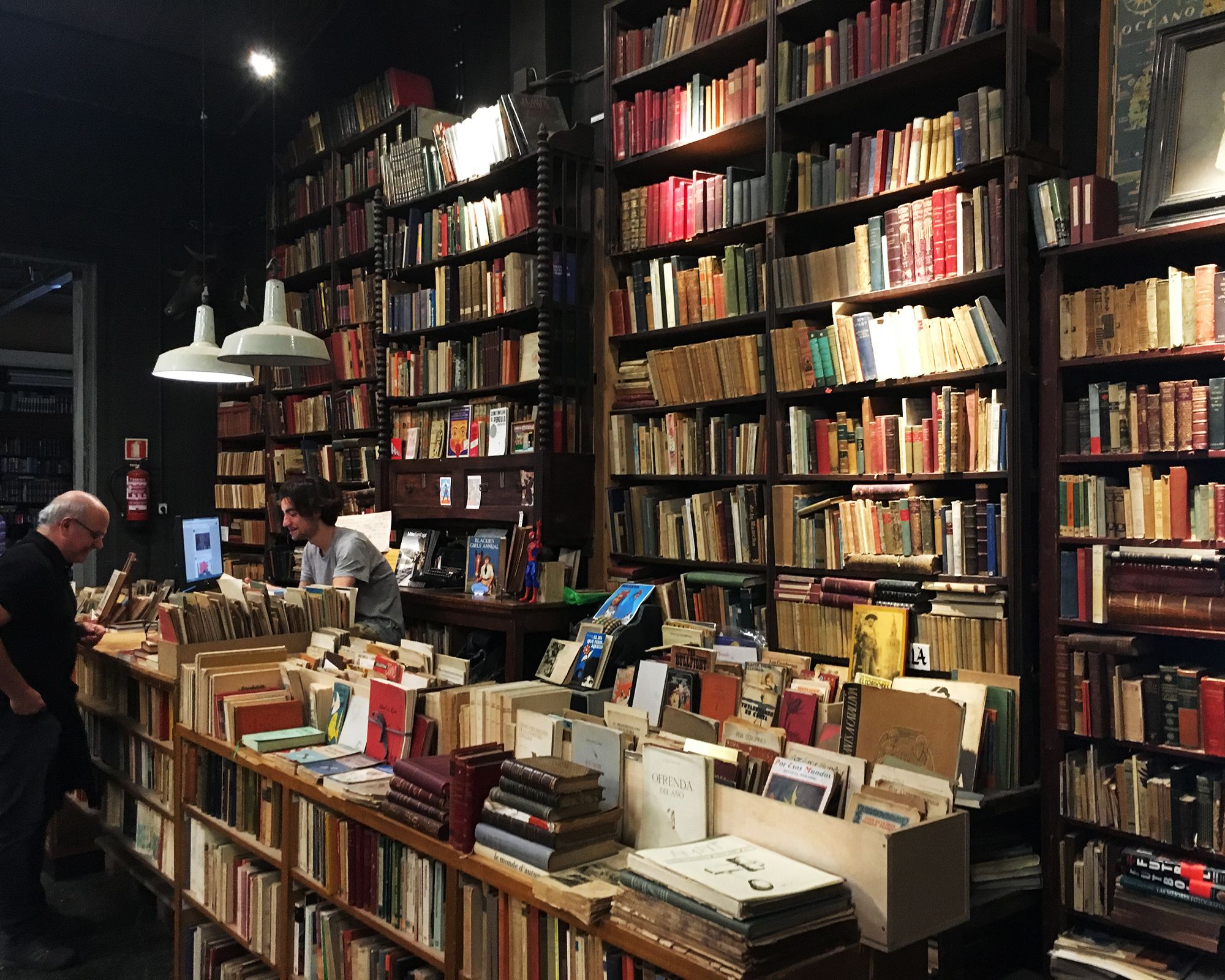 How to Sell Your Book in Independent Bookstores